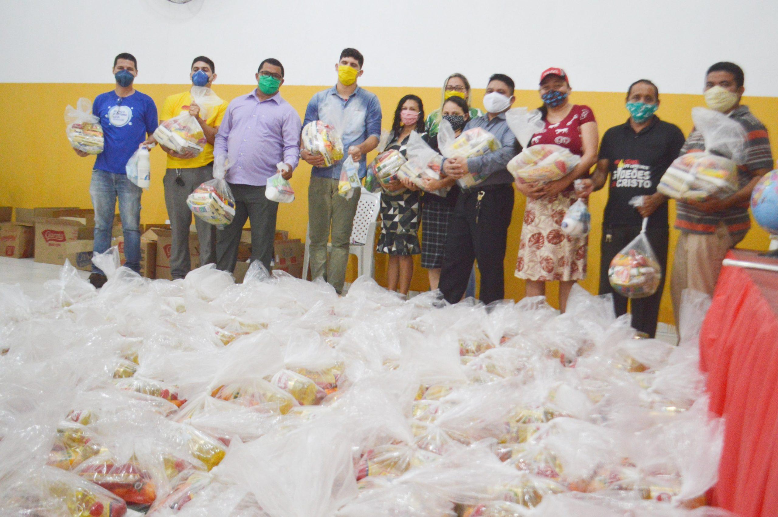 Águas de São Francisco entrega cestas básicas e kits de higiene para apoio às famílias vulneráveis